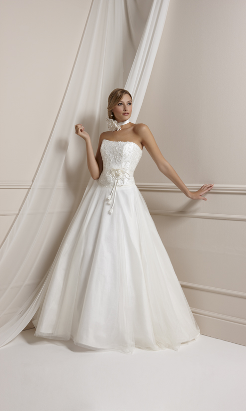 Picture of Emma Wedding Dress - Kate Sherford 2011 Collection