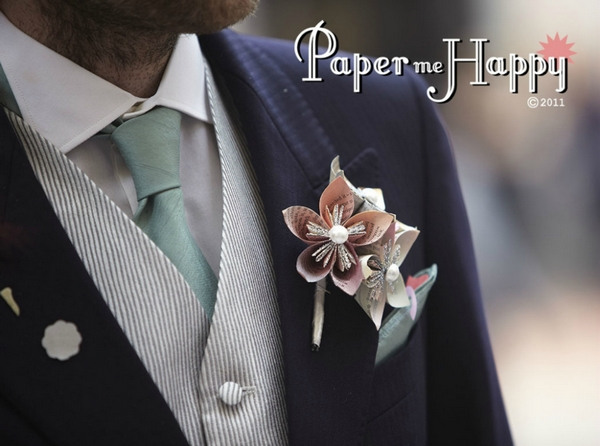 Paper Me Happy create beautiful handcrafted wedding bouquets pomanders