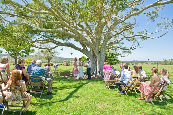 A DIY Wedding In Queensland