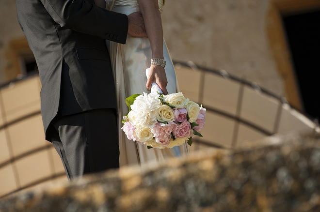 Bouquet in bride's hand - Picture by Gill Maheu Photography