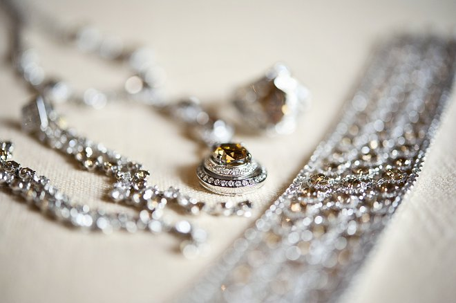 Wedding jewellery - Picture by Gill Maheu Photography